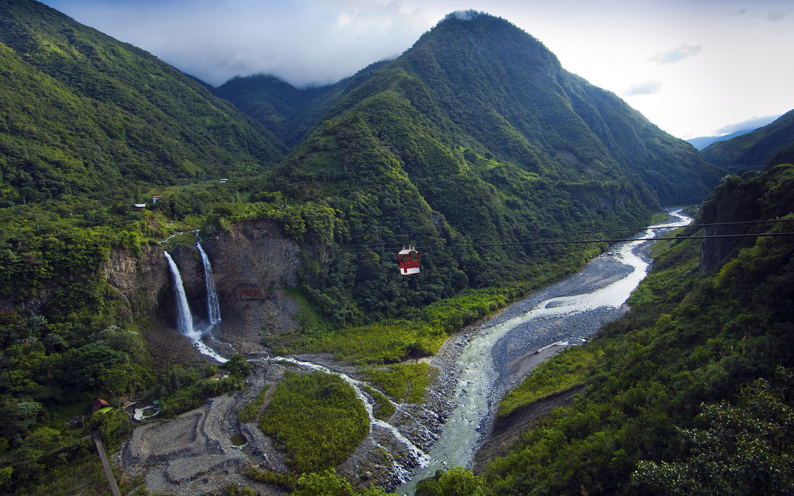 What Travelers Should Know About Visiting Ecuador After