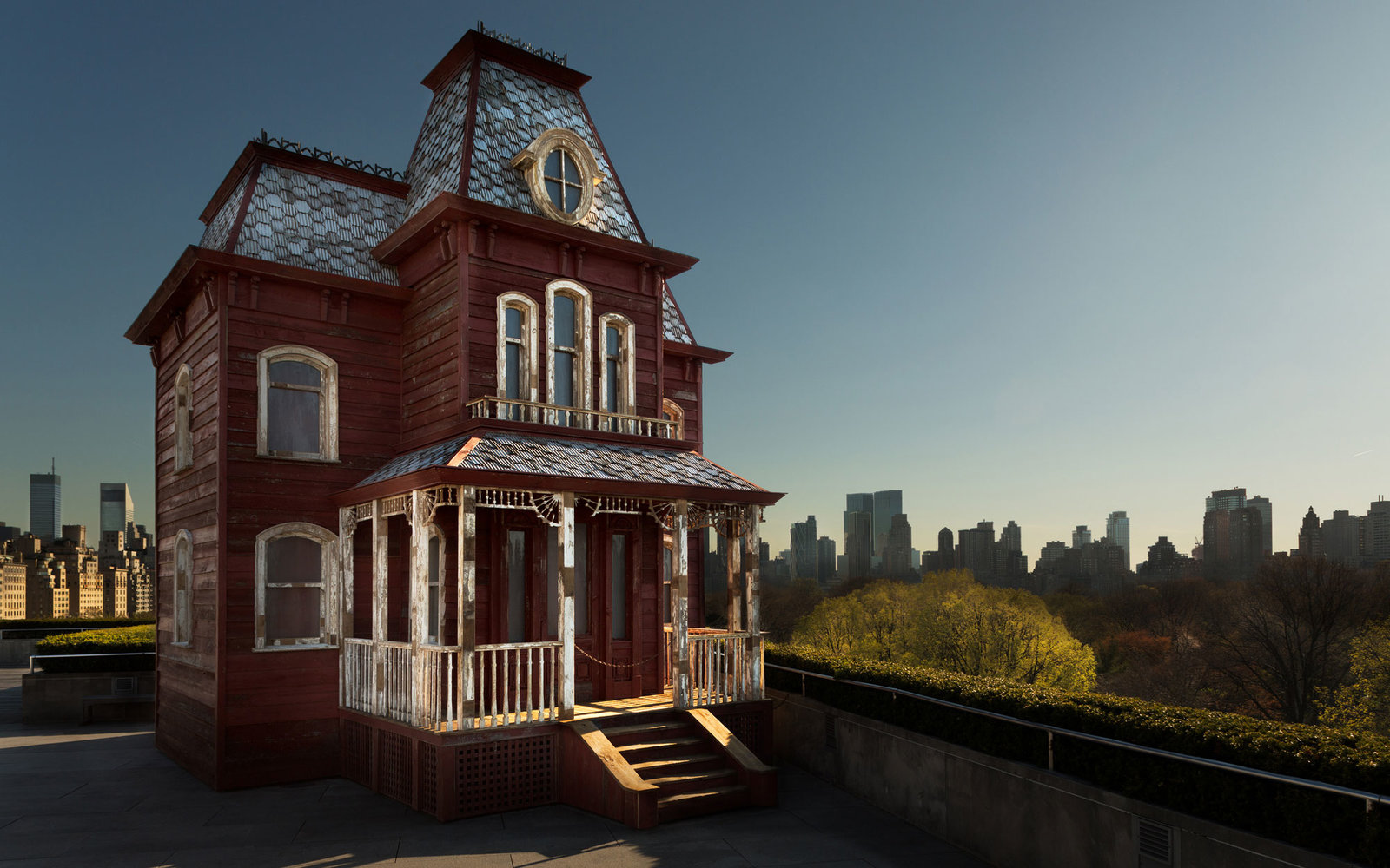 Replica Of Psycho House Opened On Museum Rooftop