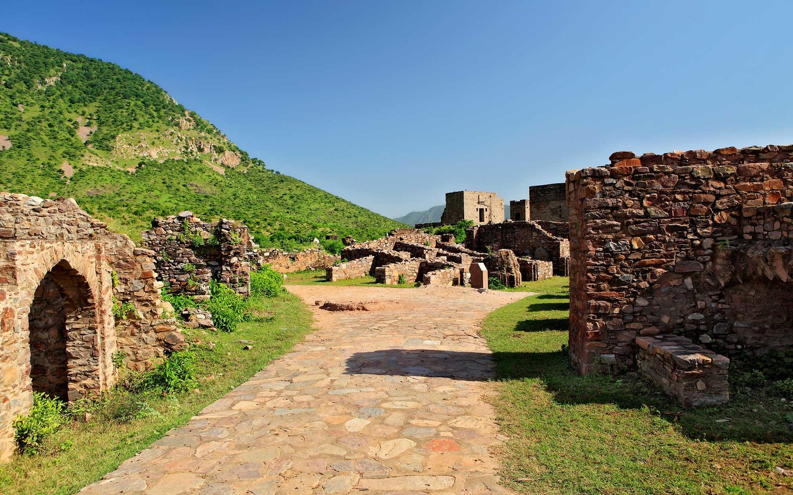 Ancient Site Bhangarh, Ruins Of Bhangarh, Forts Of Rajasthan, Bhangarh Rajasthan, India