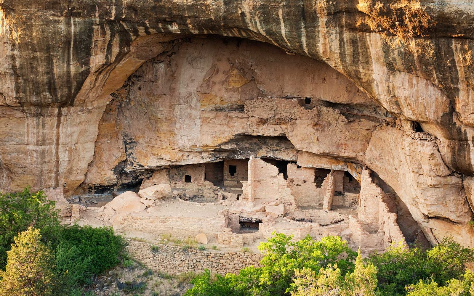 USA, Colorado, Mesa Verde, Mesa Verde National Park, Native American Cliff Dwellings