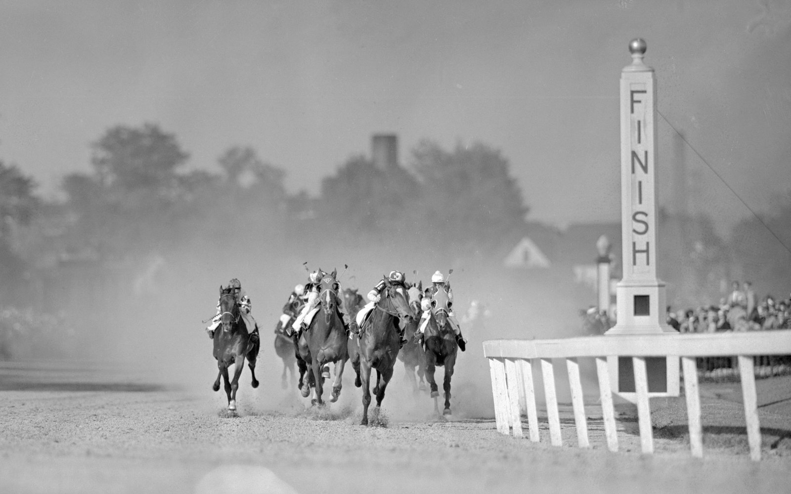 Kentucky Derby Finish Line 1941