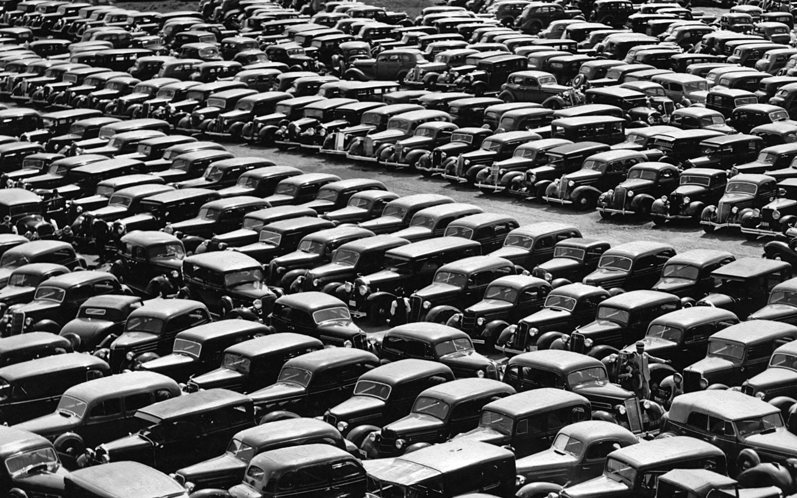 Kentucky Derby Car Lot 1940