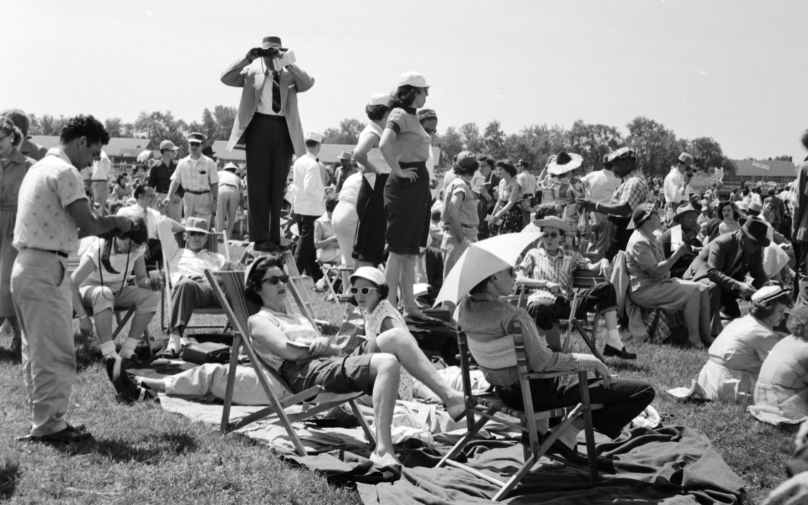 Kentucky Derby Spectators 1955