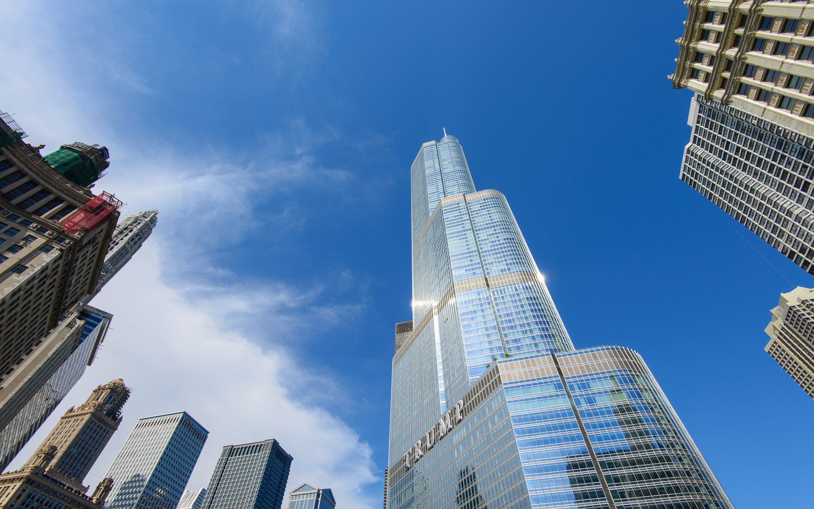 20. Trump International Hotel and Tower, Chicago (1,389 feet)