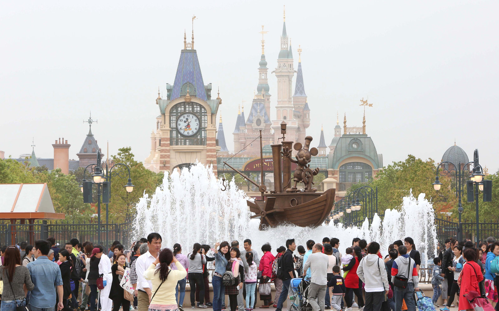Shanghai Disney Already Drawing Visitors | Travel + Leisure