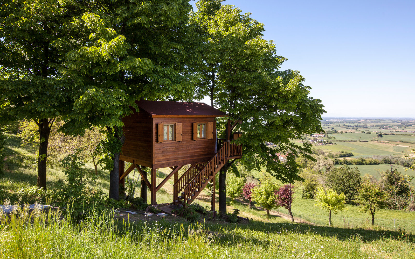 Romantic Treehouse in Italy