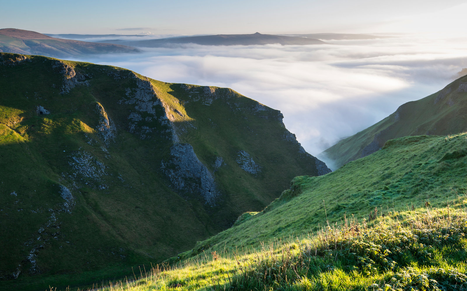 How One Selfie Saved Two Hikers Stuck on a Mountain in England