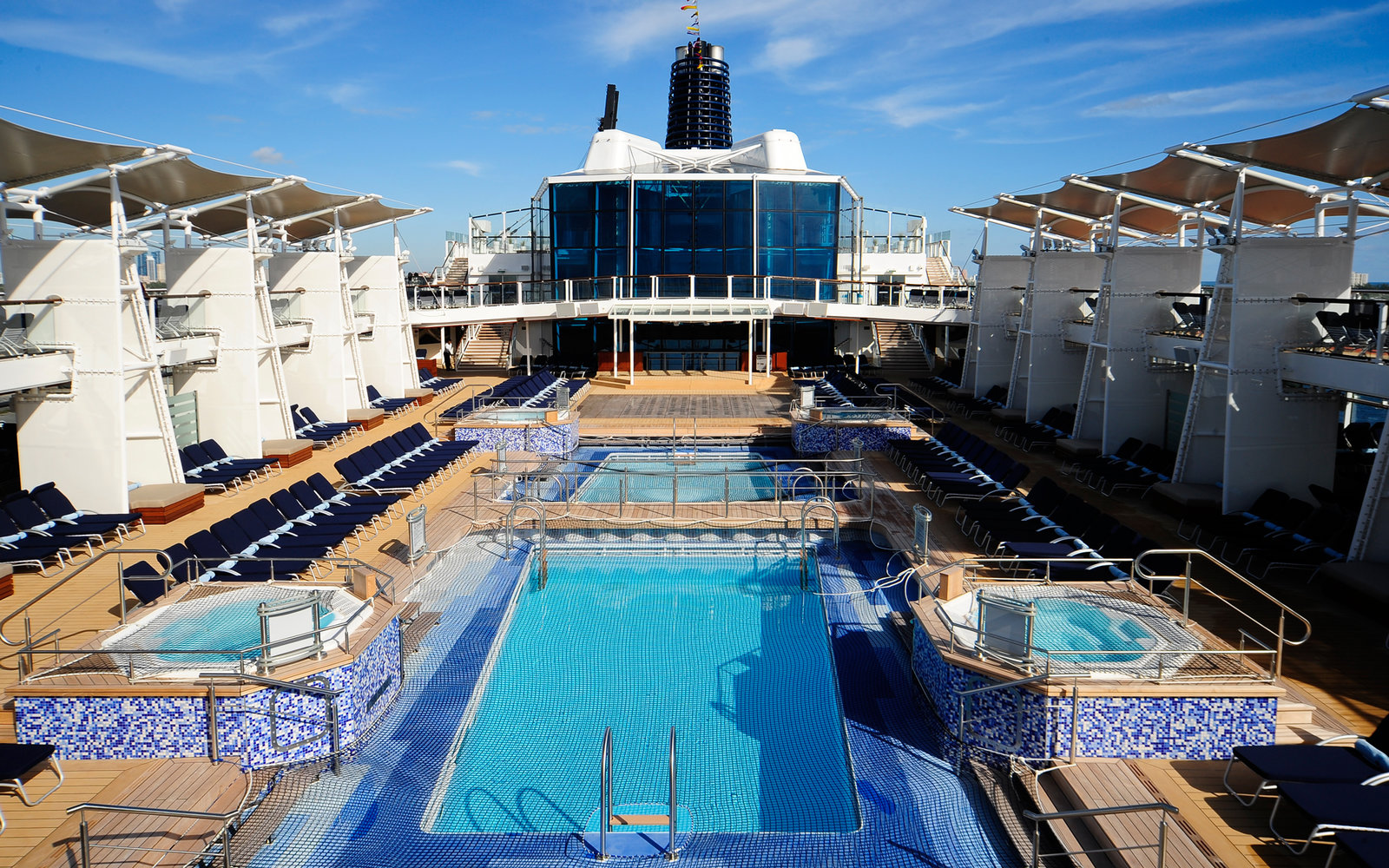 12 Cruise Ships With Incredible Pools