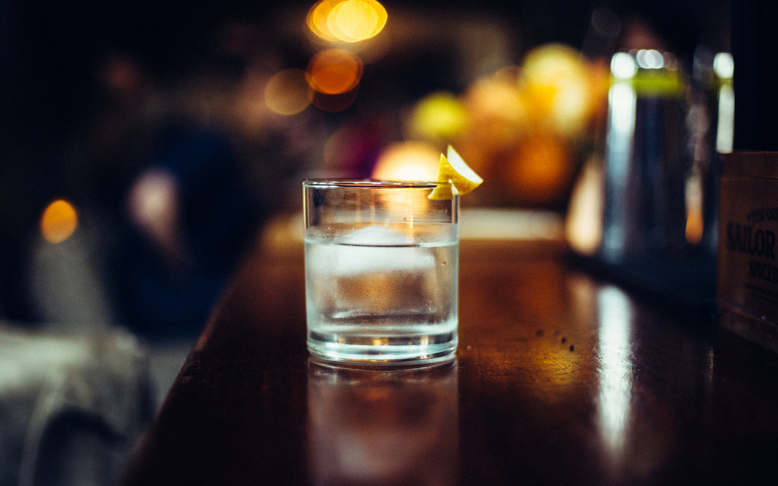 Best fall cocktail ideas travel leisure for Fall cocktail ideas
