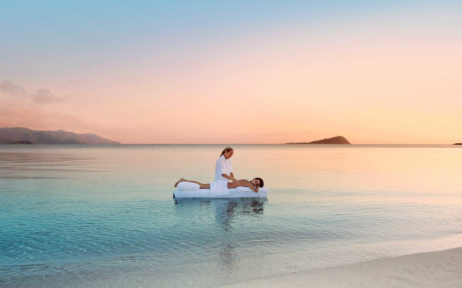 one-and-only-hayman-island-WATER0716