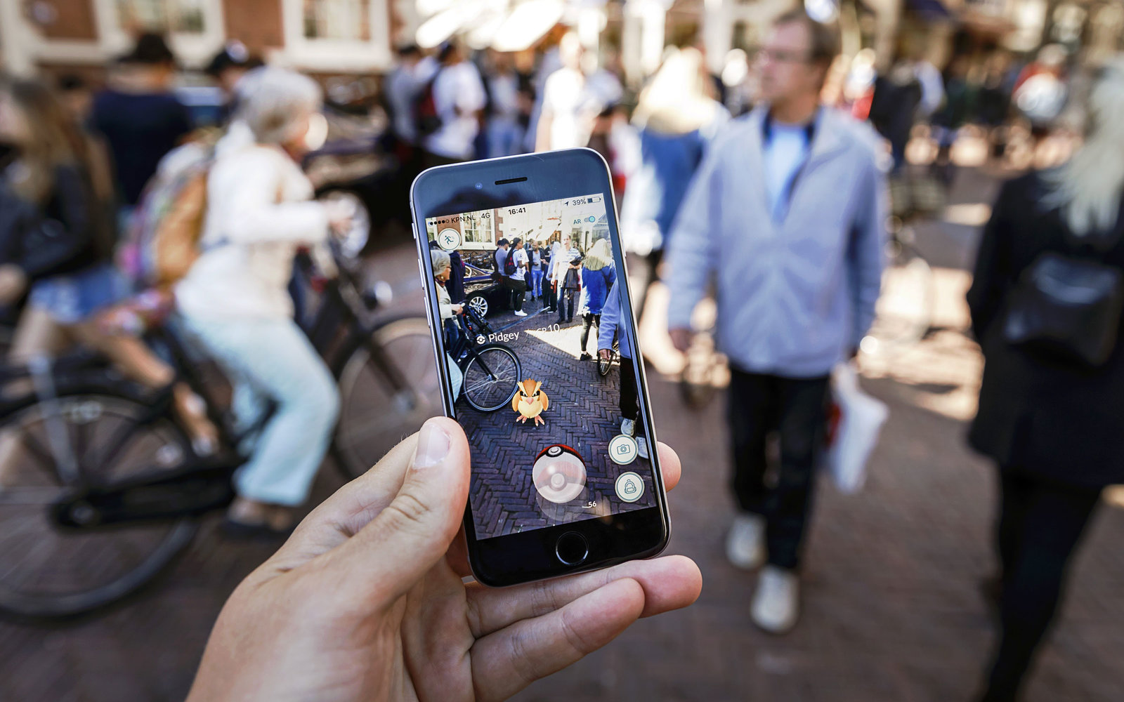 Travel the World As Pokémon Go Expands