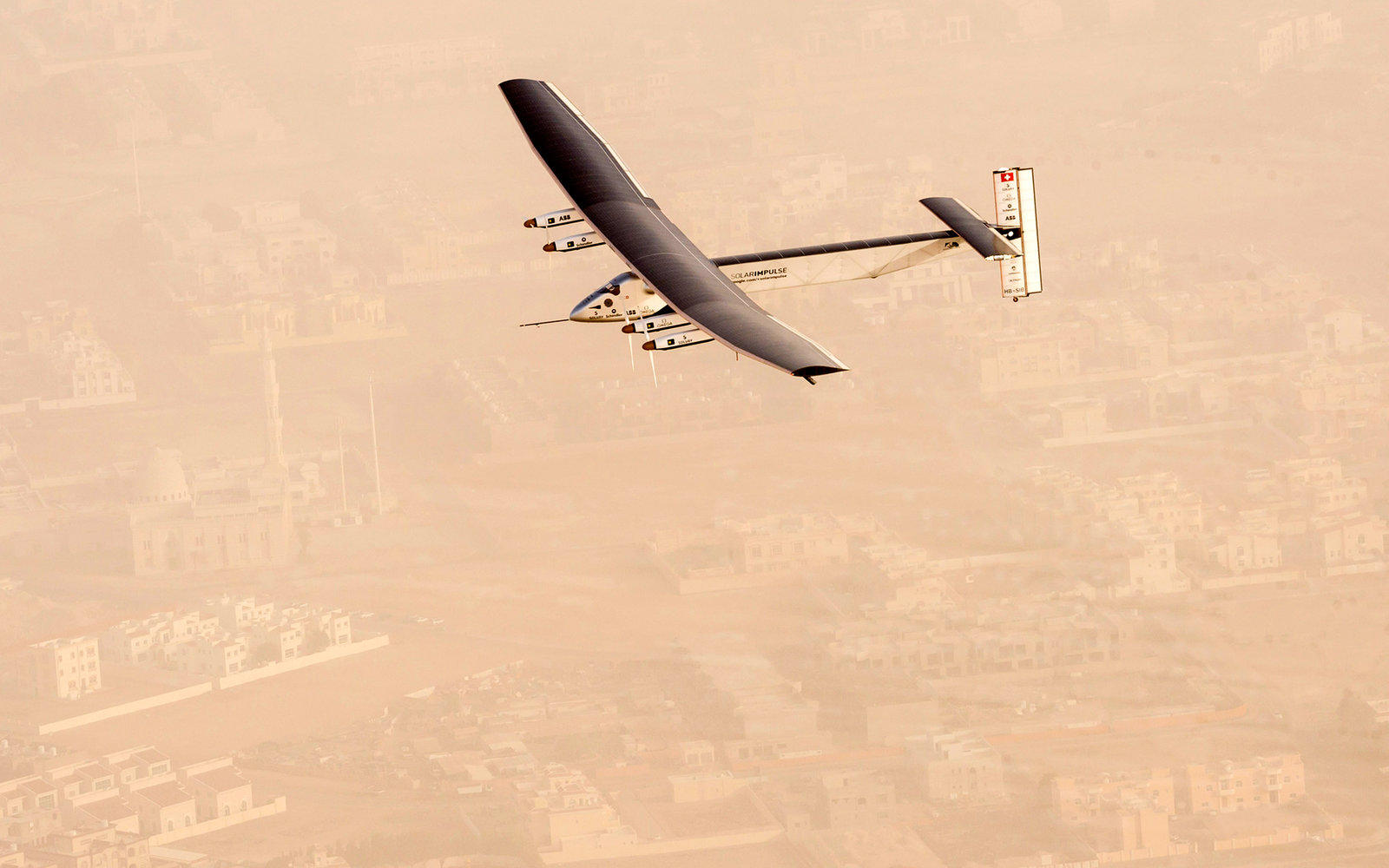 Solar Impulse over Abu Dhabi