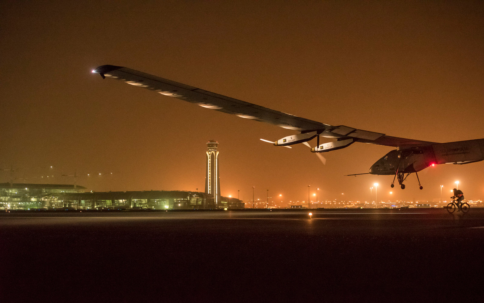 Solar Impulse in Oman