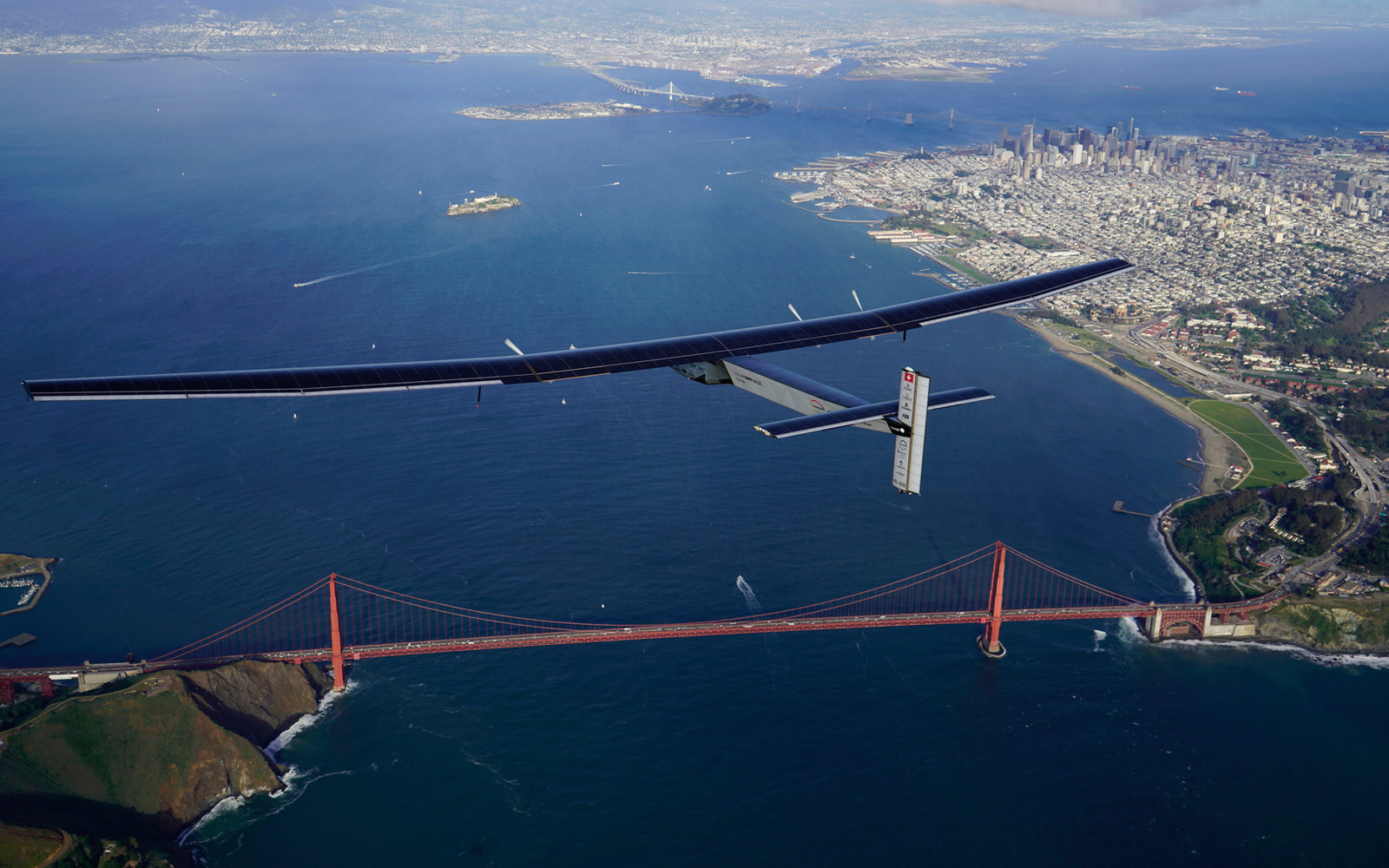 Solar Impulse over the Golden Gate