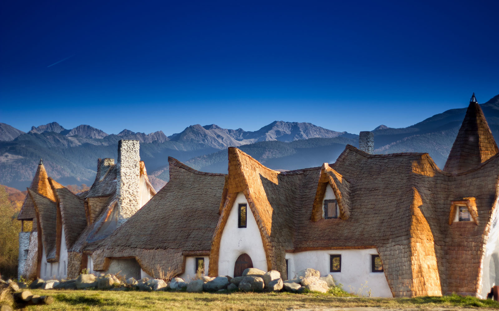 This Hotel In Romania Is Straight Out Of A Fairy Tale