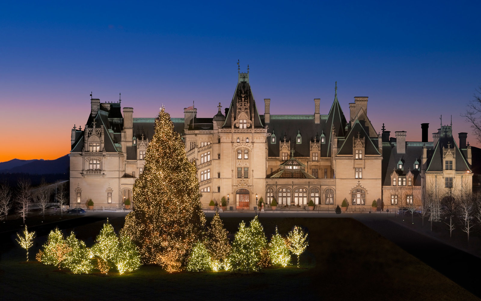 How to Enjoy the Biltmore Estate at Christmas | Travel + Leisure