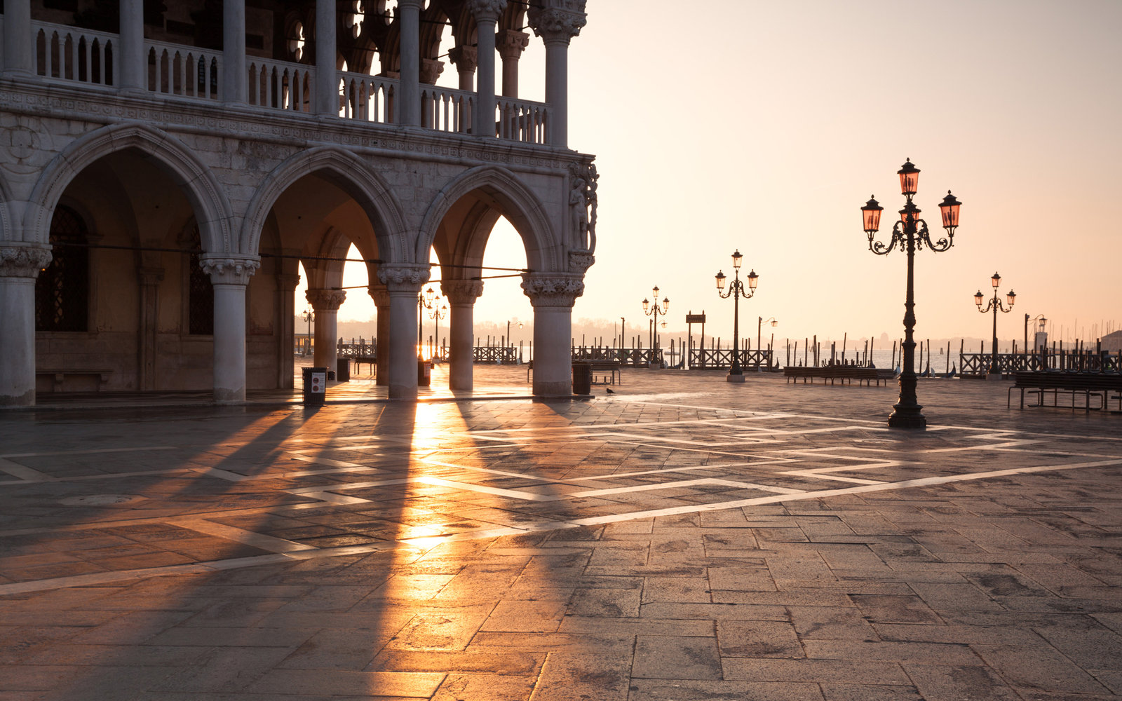 Tourists blamed Google Maps after driving into Venice | Travel + ...