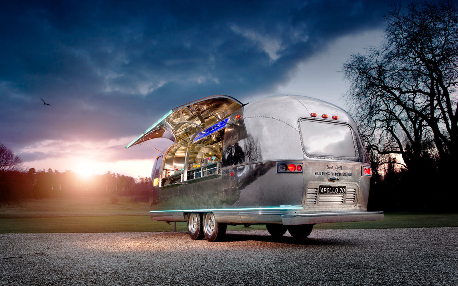 This Mobile Cocktail Bar is Freakin Awesome