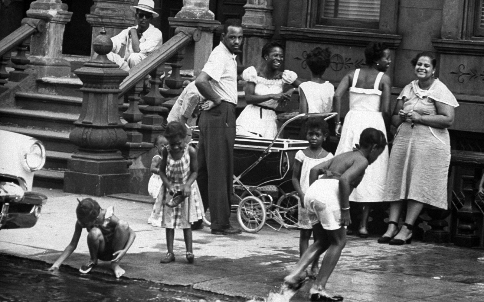 New Yorkers Beat the Heat 1950s-Style