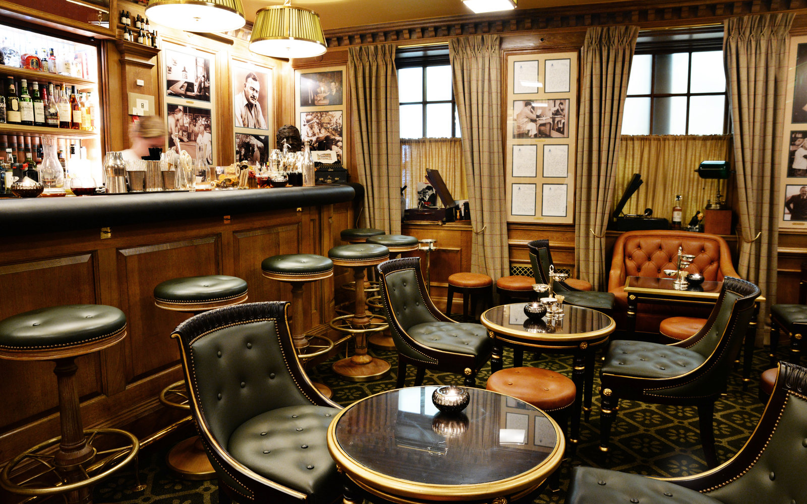 Hotel Review The Ritz Reclaims Its Place As Paris S Crown