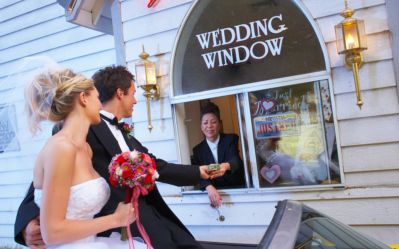 How to get married in las vegas travel leisure for Crazy las vegas weddings