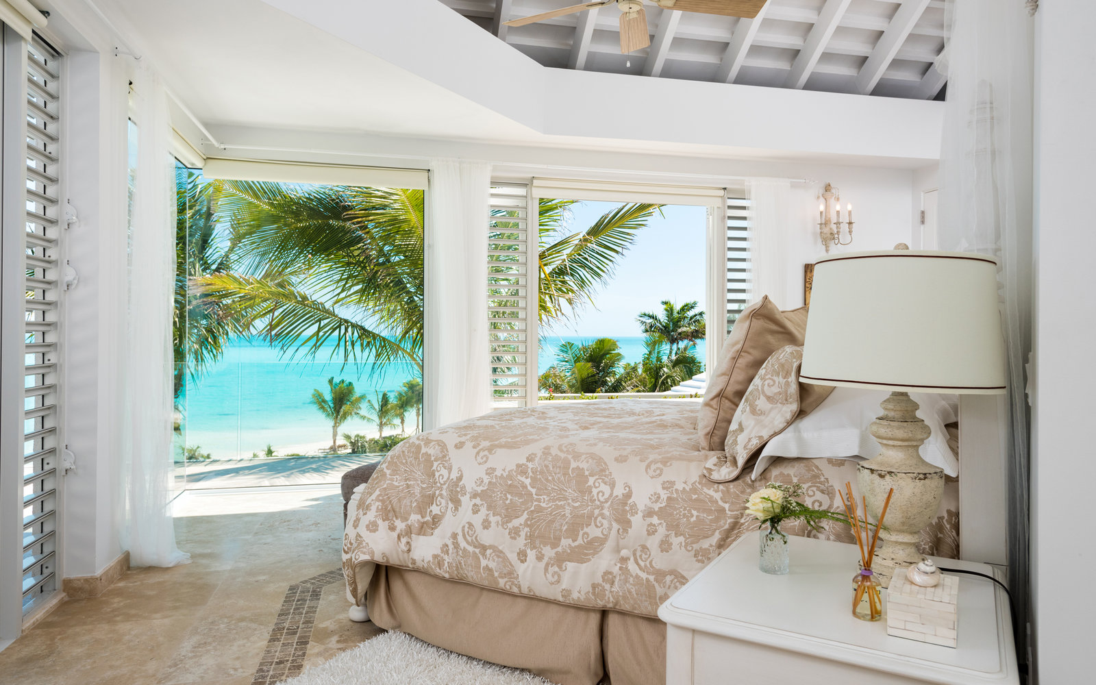 inside kylie jenner's turks and caicos airbnb   travel + leisure