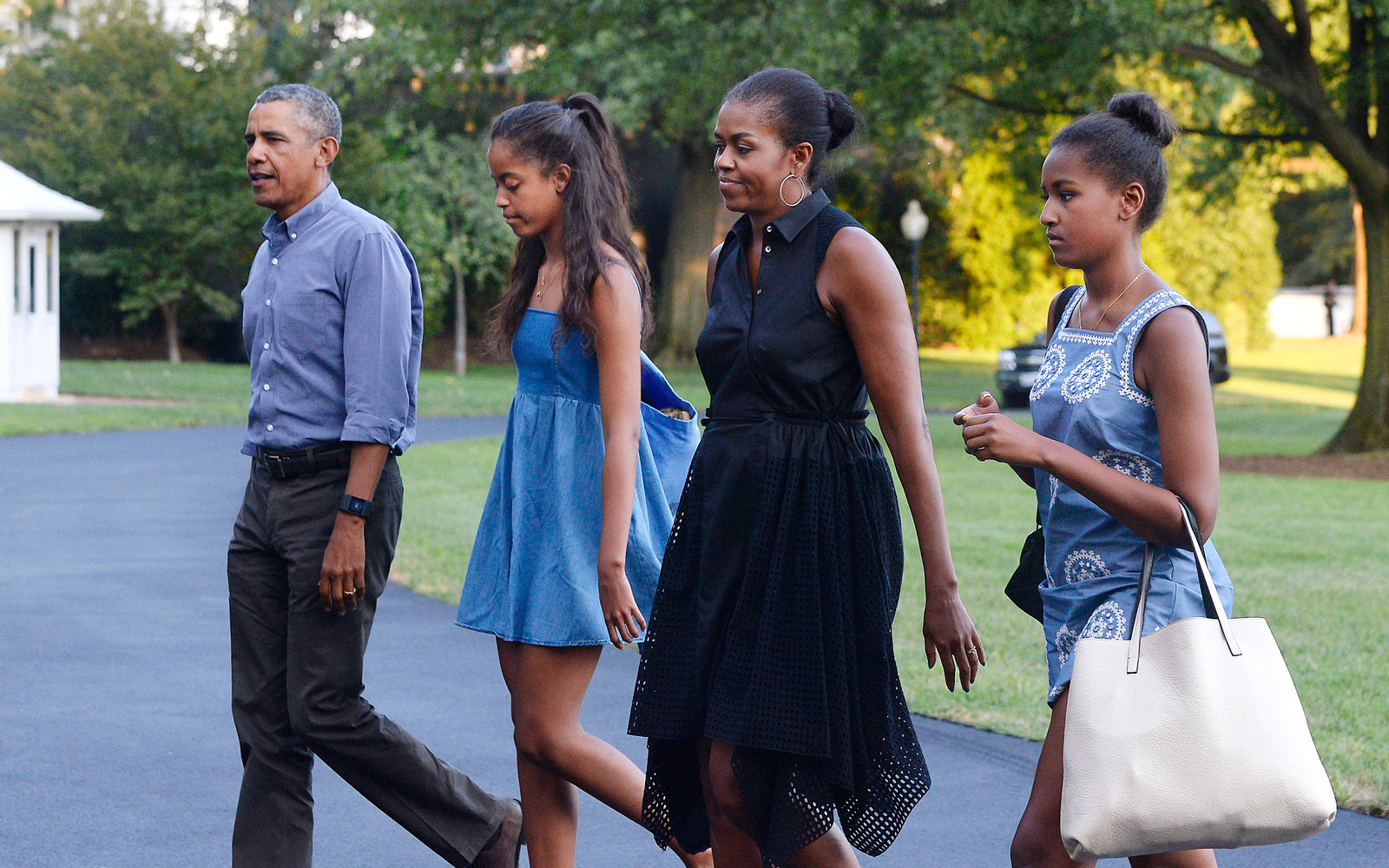 Want to Vacation Like the Obamas? Here's How Much It'll Cost You