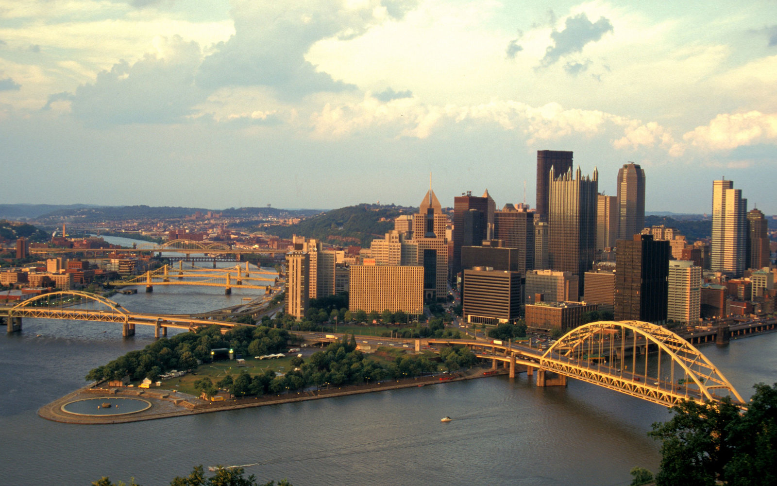Three days in pittsburgh what to do and see travel for Weekend getaways from pittsburgh