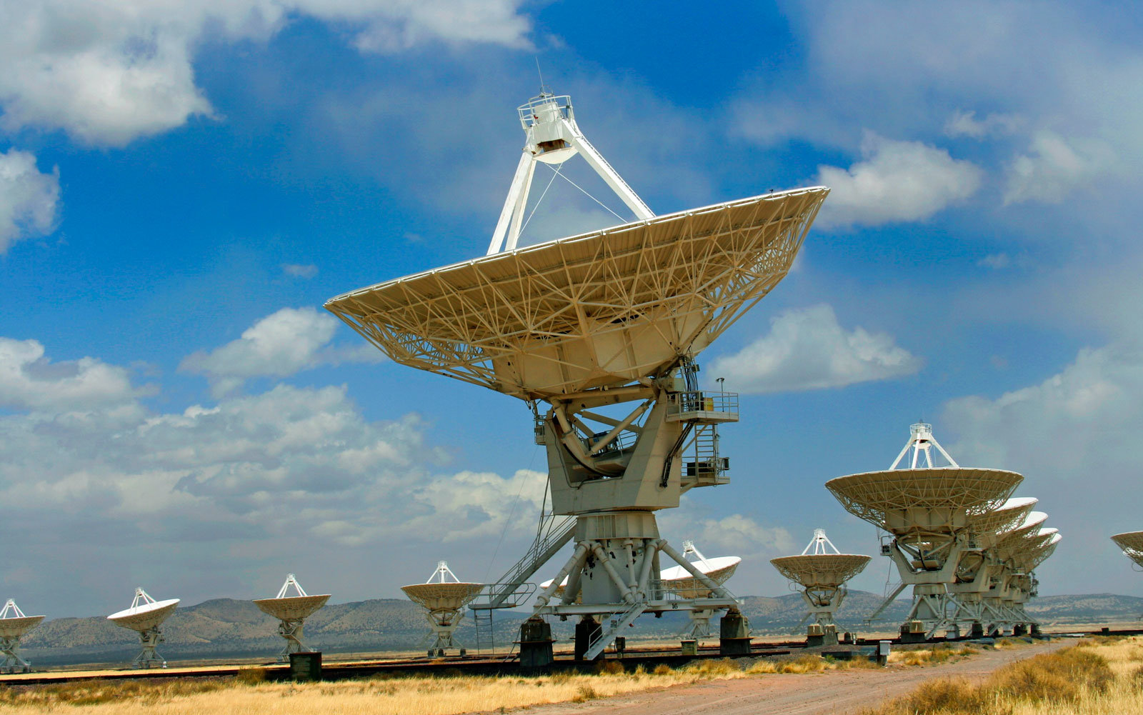 "SETI is researching a ""strong signal"" from a sun-like star."