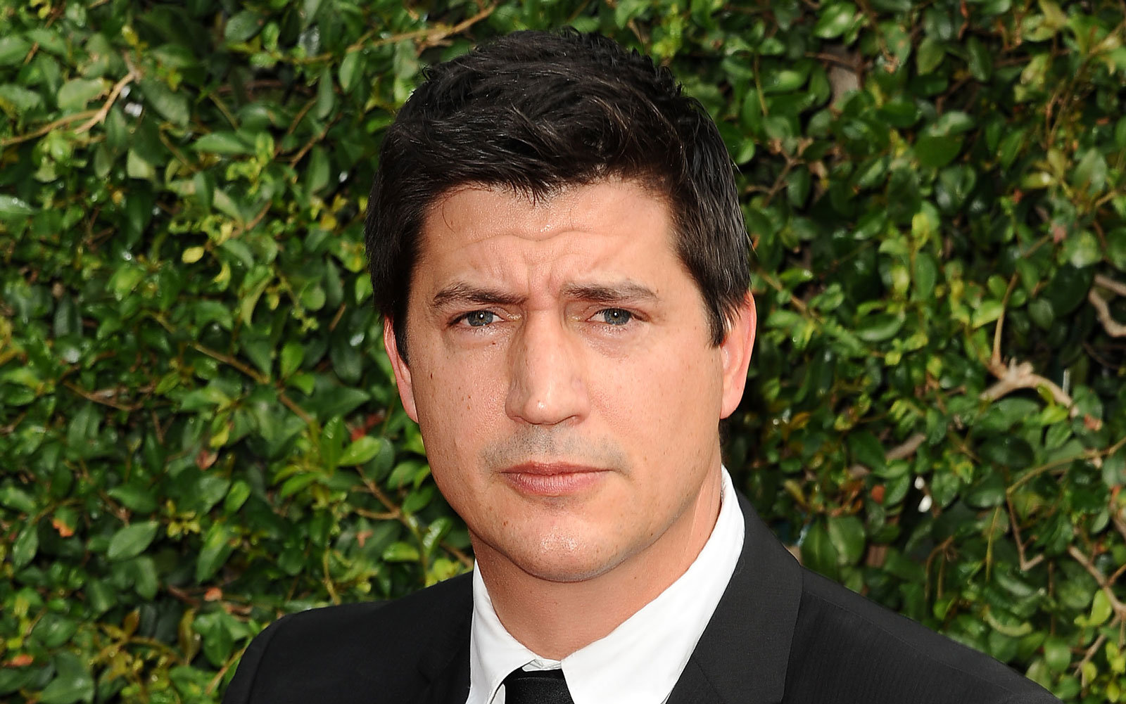 Ken Marino is trying to help KLM explain to people that it's an airline.