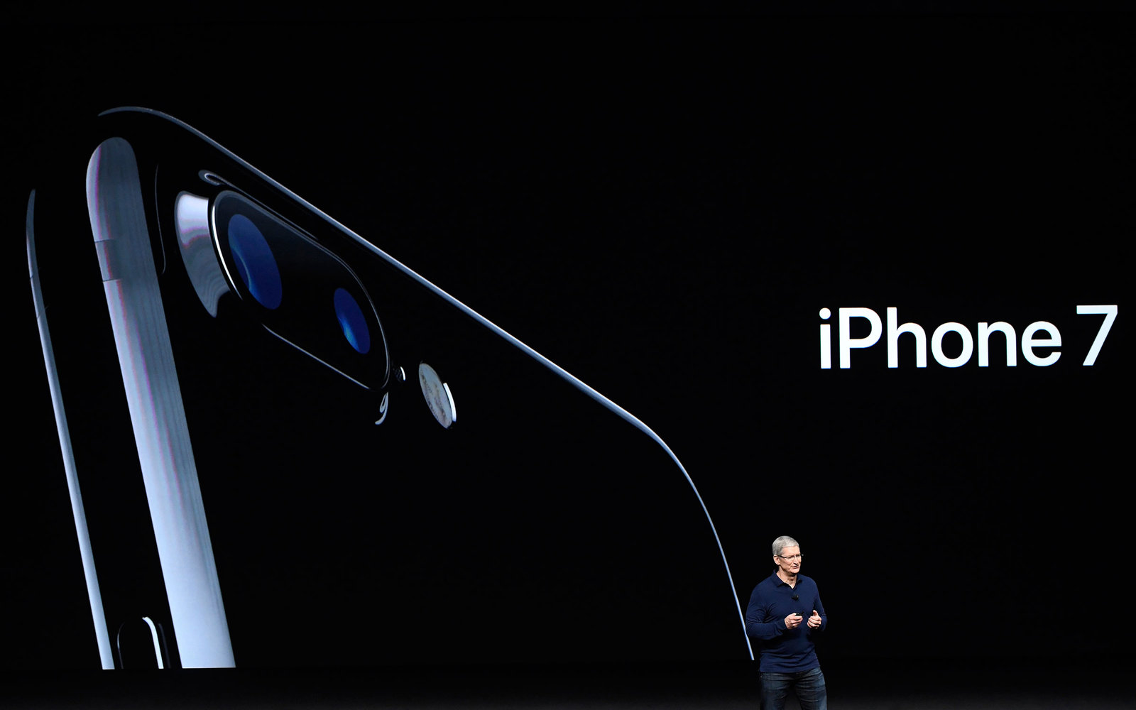 Apple Announces iPhone 7 & New Watch