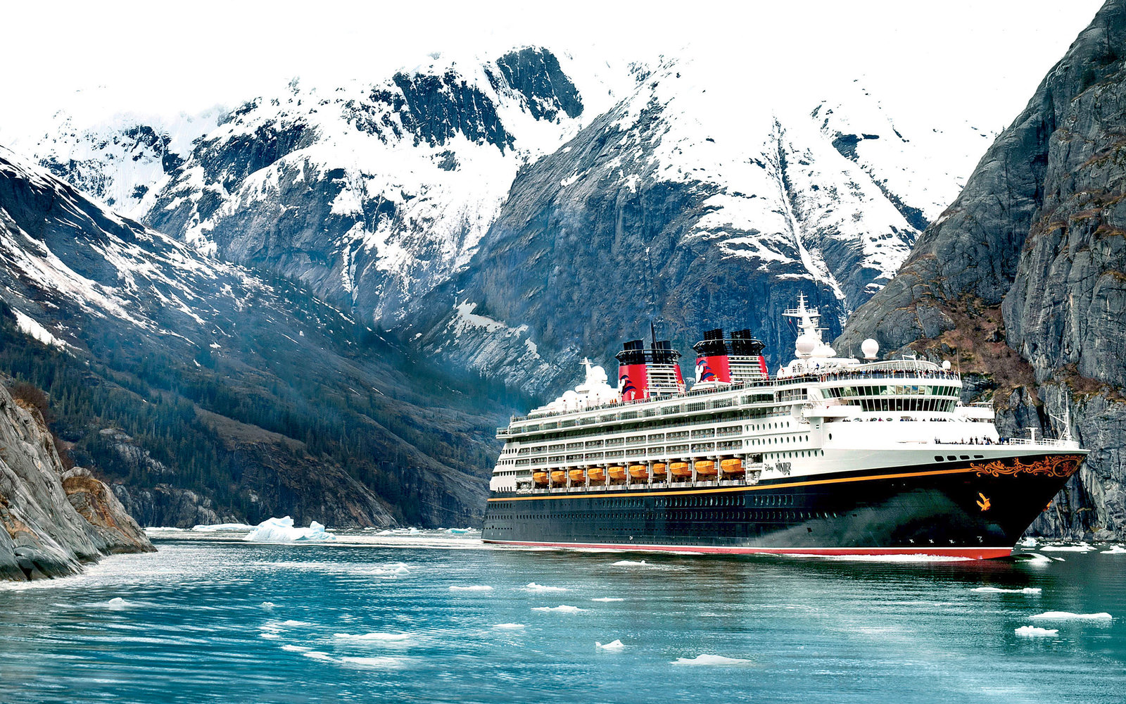The best cruise lines for families travel leisure for Best us cruise lines