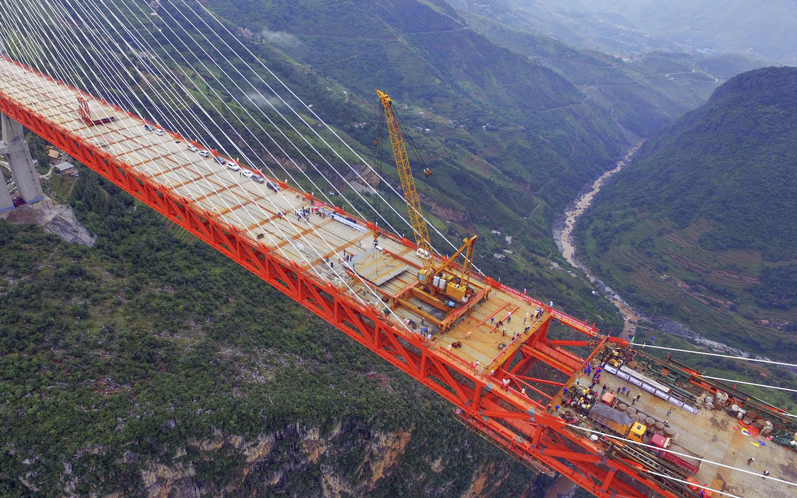 What is the highest bridge in the world 62