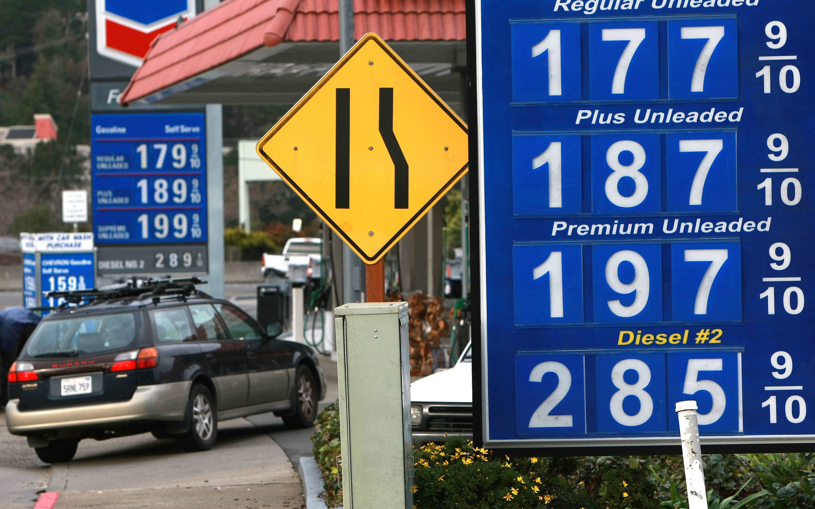 Drivers Are Paying Less Than $2 Per Gallon for Gas in More States