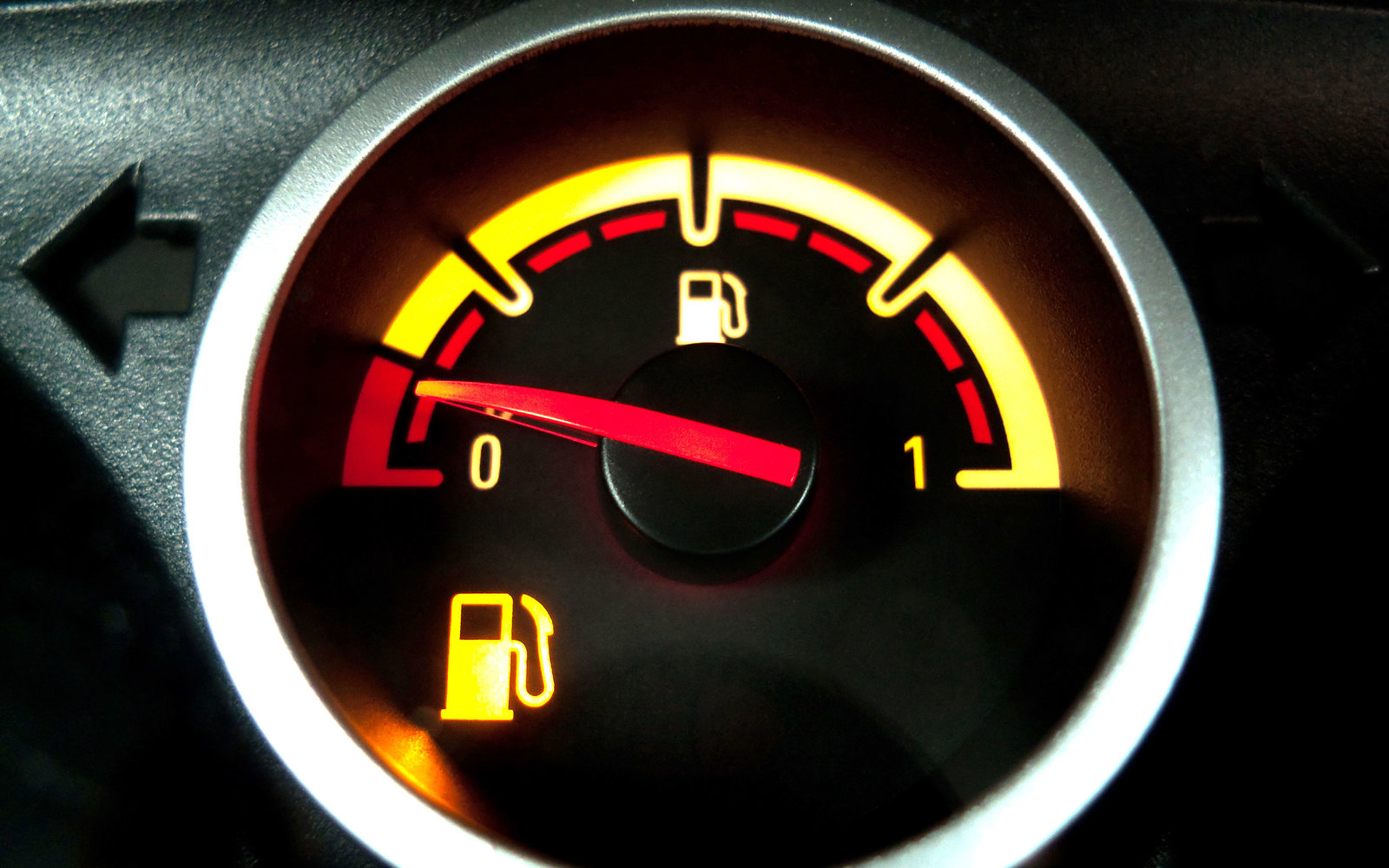 How Far You Can Drive When Your Empty Light Comes on & How Far You Can Drive With No Gas | Travel + Leisure