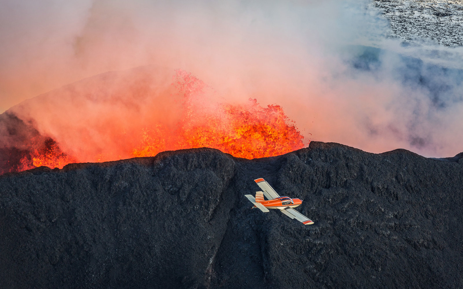 Planes and volcanic ash explainer