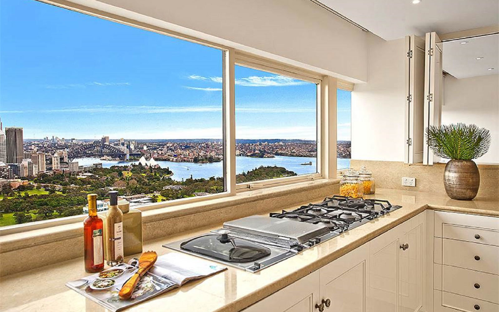 sydney-harbor-view-vacation-rental-TA1016.jpg