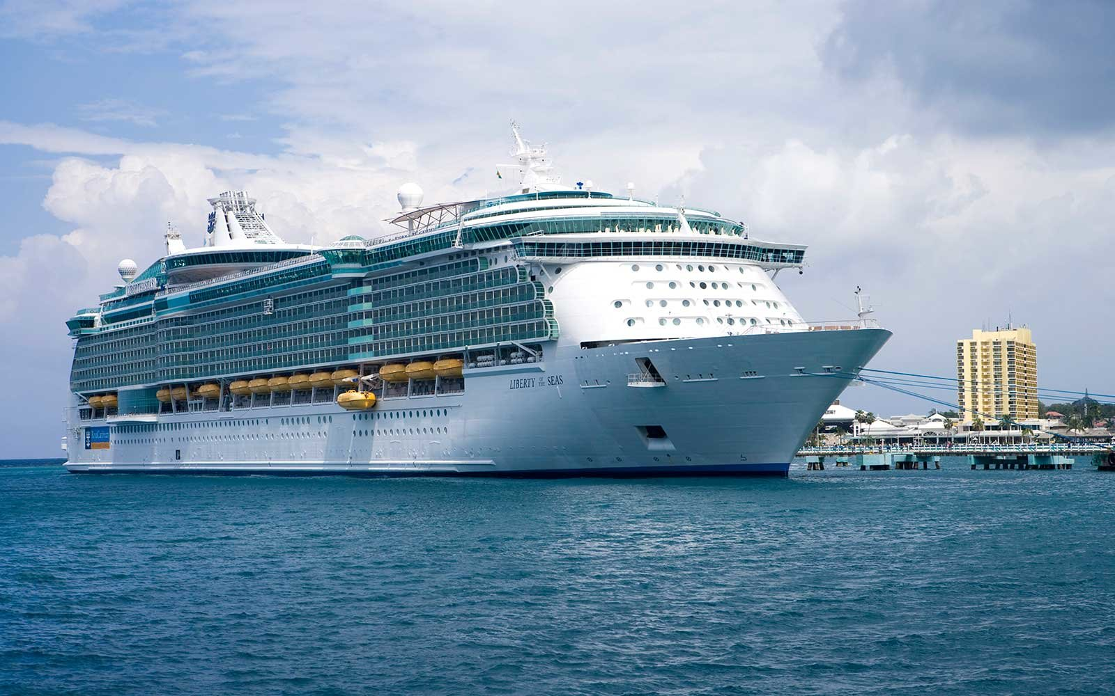Royal Caribbean unveils plans for new ship
