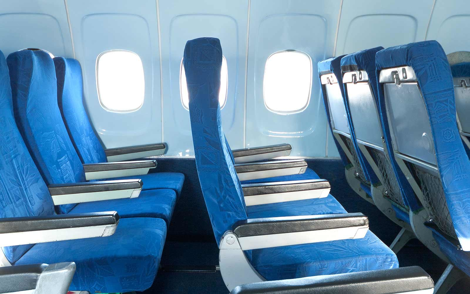 Why airplane seats don't line up with windows