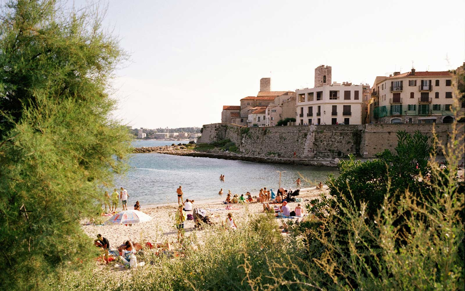 How to Travel to the French Riviera