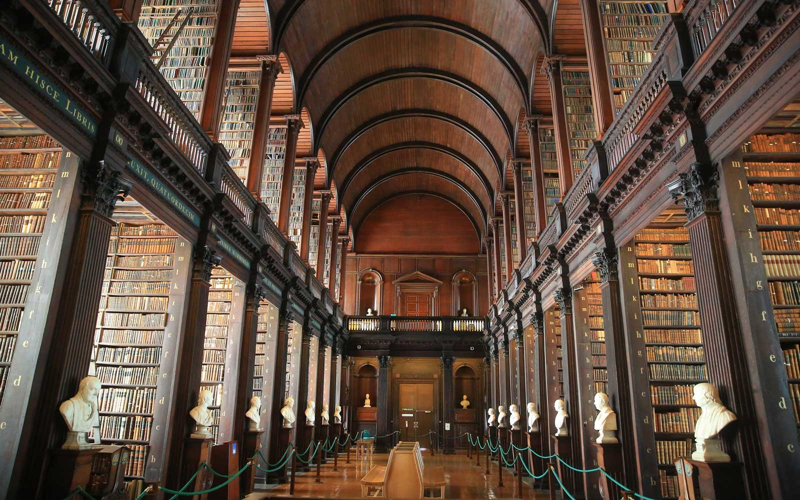 Trinity-College-LIBRARY1016