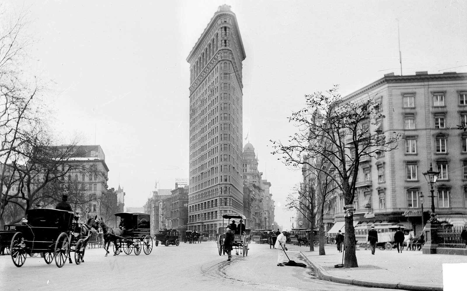 flatiron building landmark status travel leisure