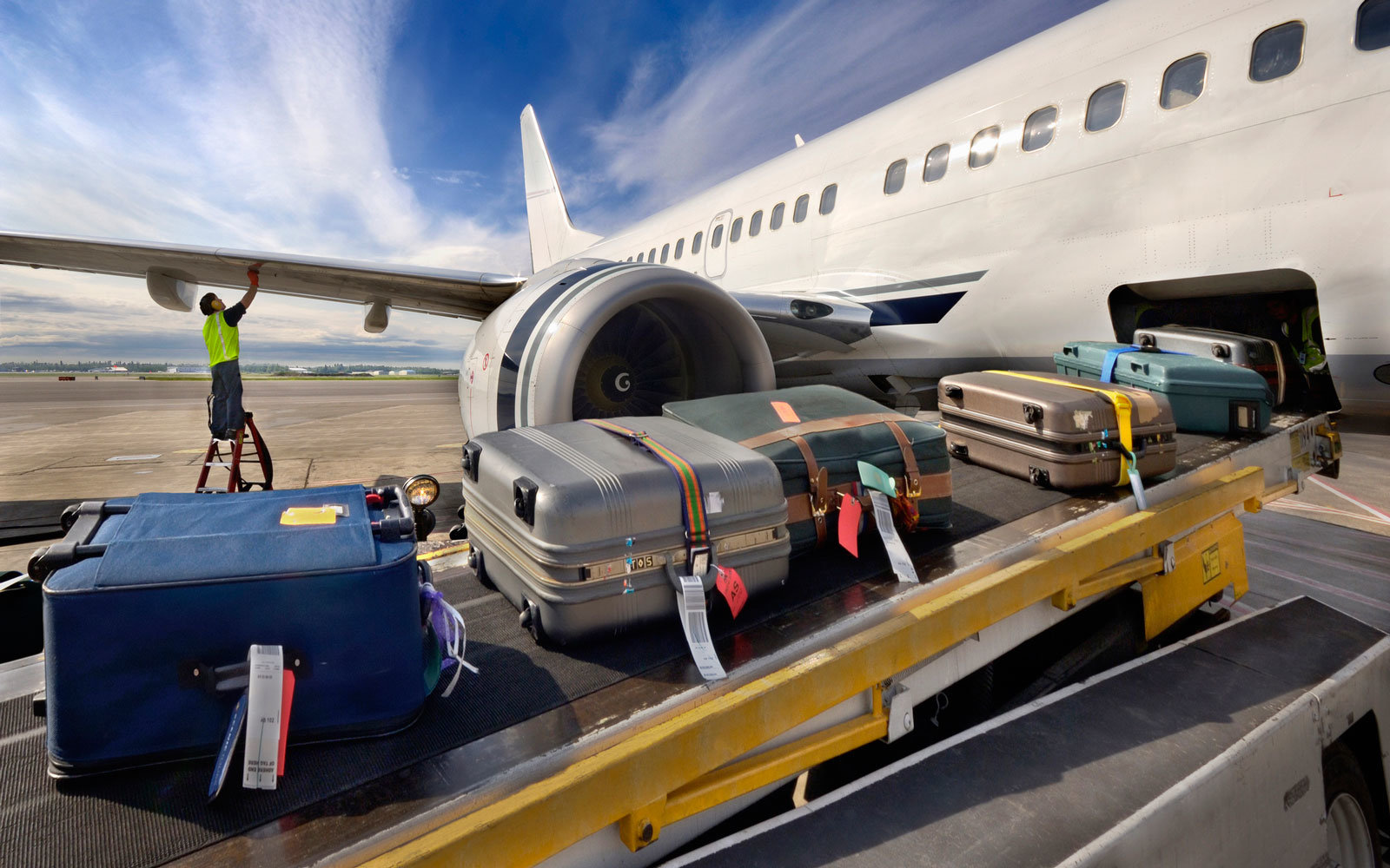 How Airlines Are Getting Smarter About Luggage