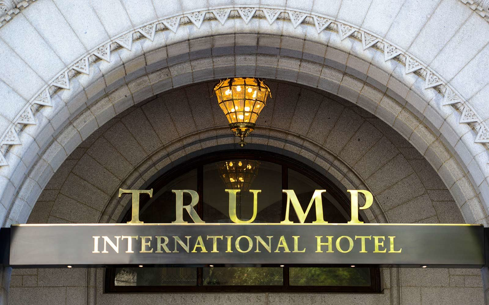 getty-images-trump-hotel-signage-OPENING1016.jpg
