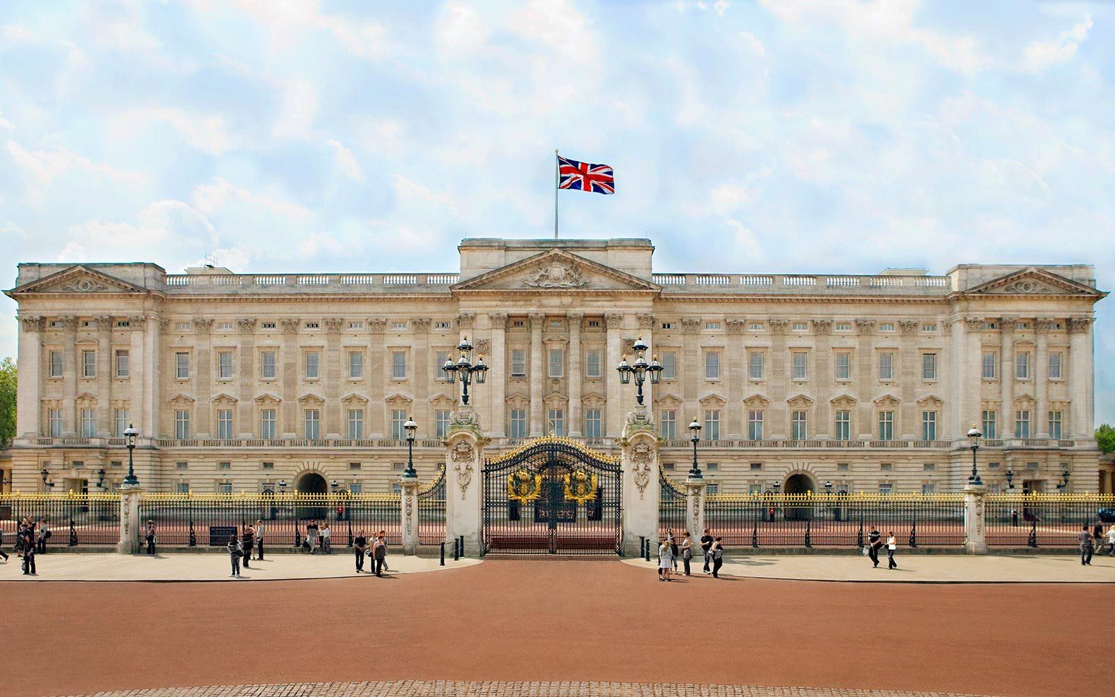 Buckingham Palace is Hiring