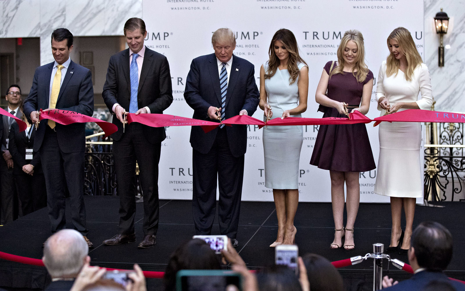 Inside Donald Trump S Oddly Timed Hotel Opening Travel