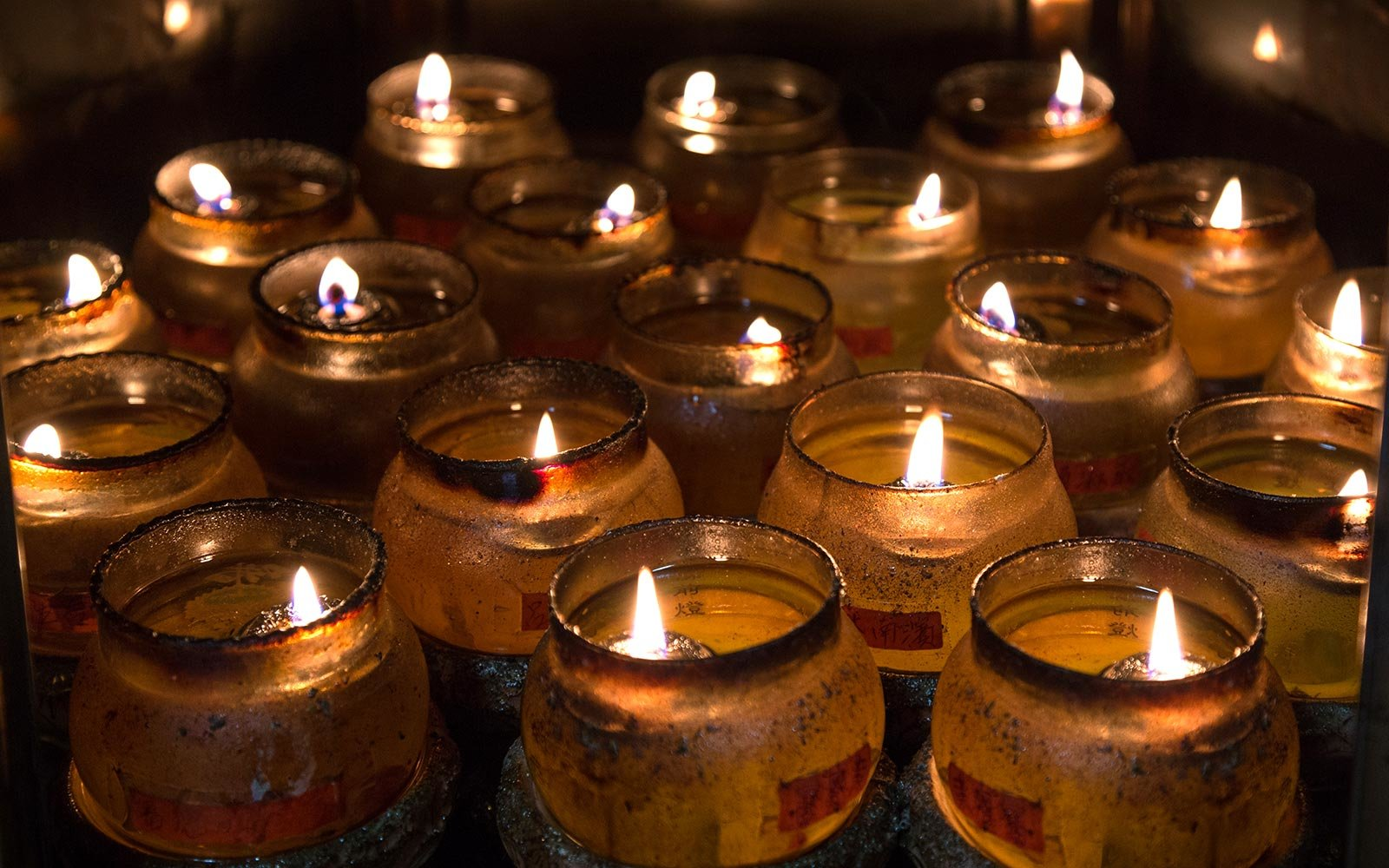 You've been burning candles wrong your whole life