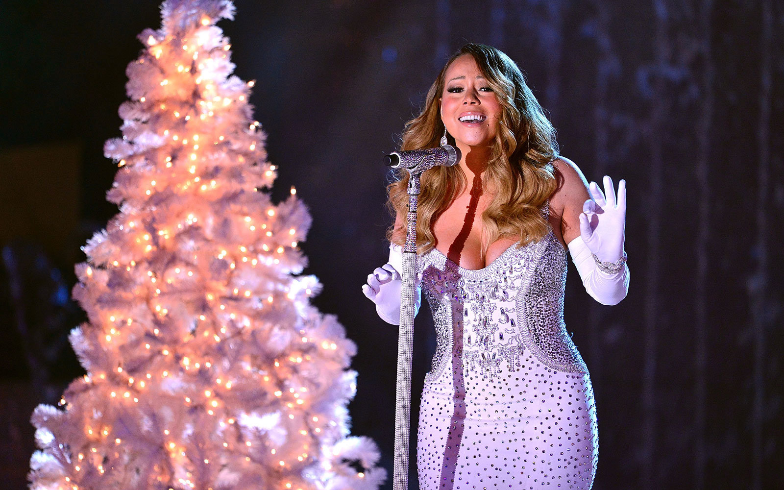 Mariah Carey to Usher in the New Year With Ryan Seacrest in Times ...