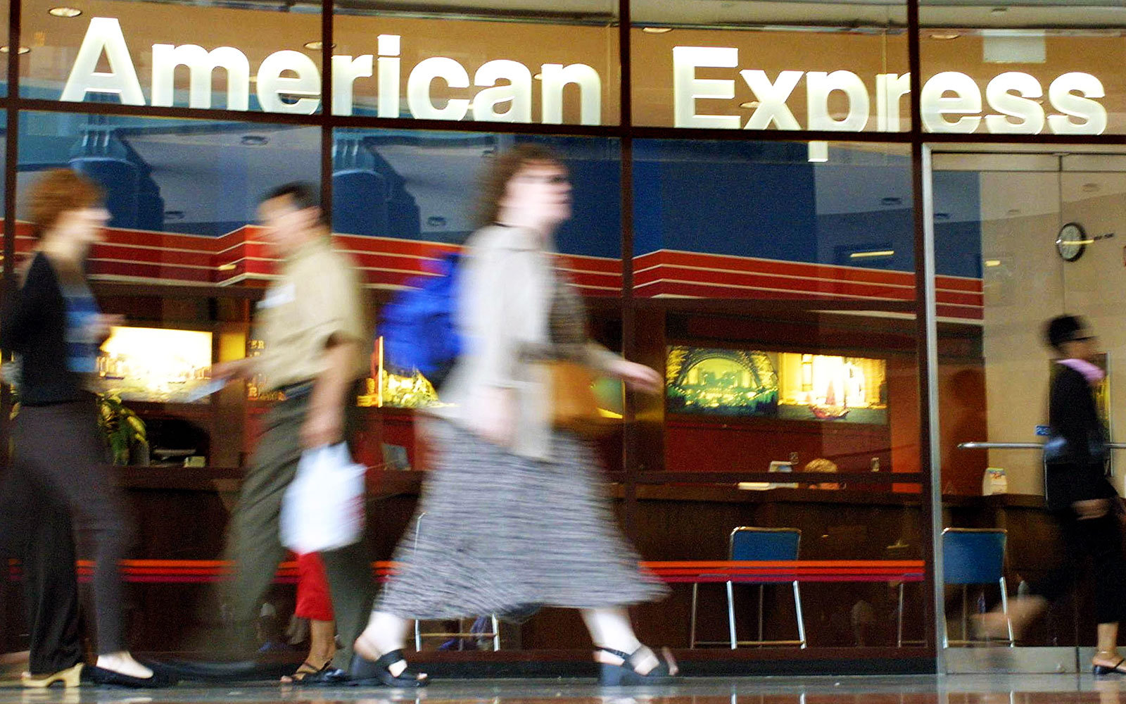 American Express Is Giving Workers 20 Weeks of Parental Leave and $35,000 for Infertility Treatment