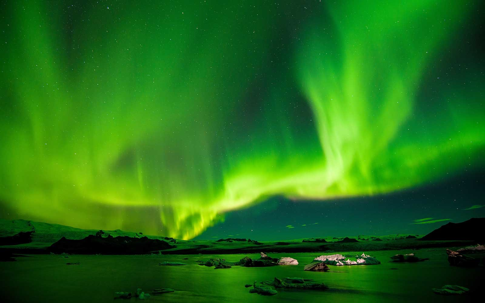 In Search of the Northern Lights - London to Bergen | Viking ...